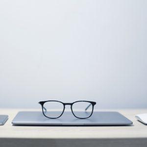 מדוע צריכה תעשיית הטכנולוגיה להתמודד עם בעיית הגילנות שלה?